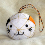 Calico cat temari