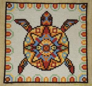 Этническая черепаха в стиле 'Майя' - готовая вышивка